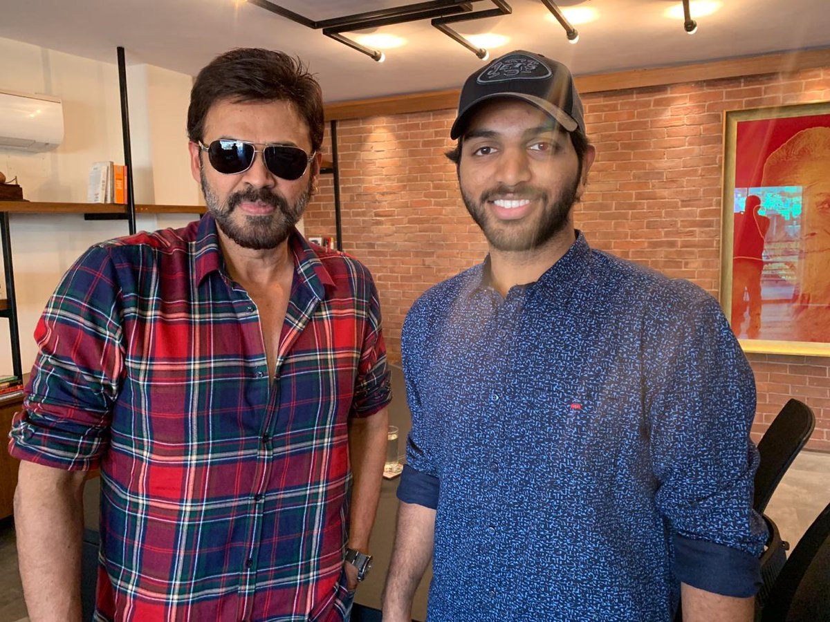Venkatesh congratulated 4 Letters Movie Team