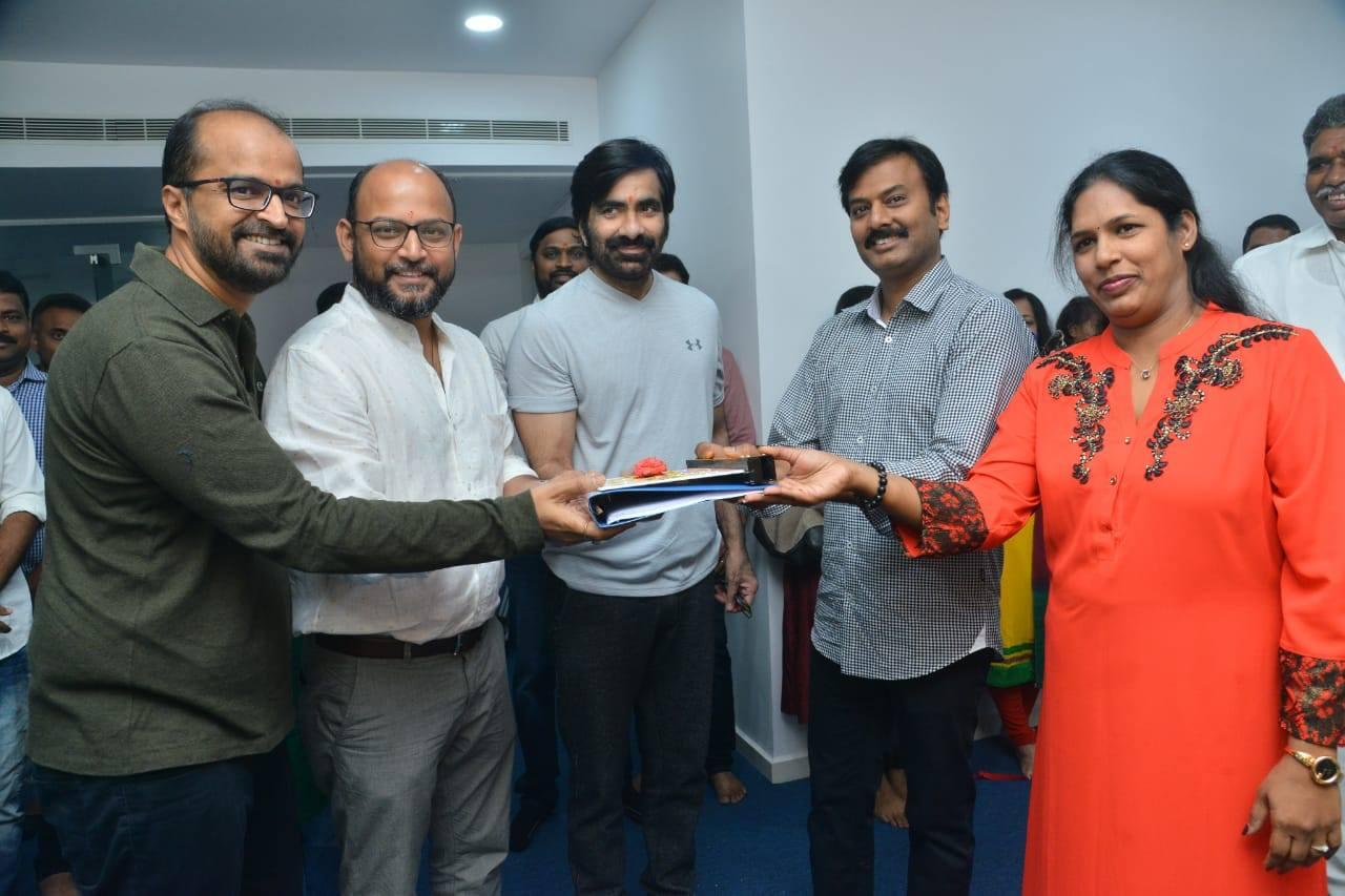Abburi Ravi, VI Anand, Ravi Teja, Ram Talluri, Rajini Talluri @ Disco Raja Movie Pooja Stills