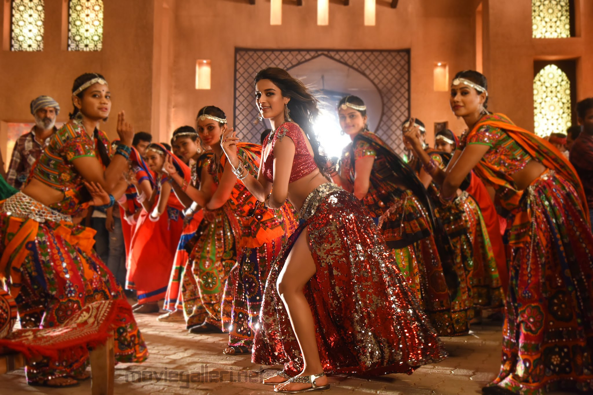Actress Nidhhi Agerwal Hot Item Dance in iSmart Shankar Movie Song