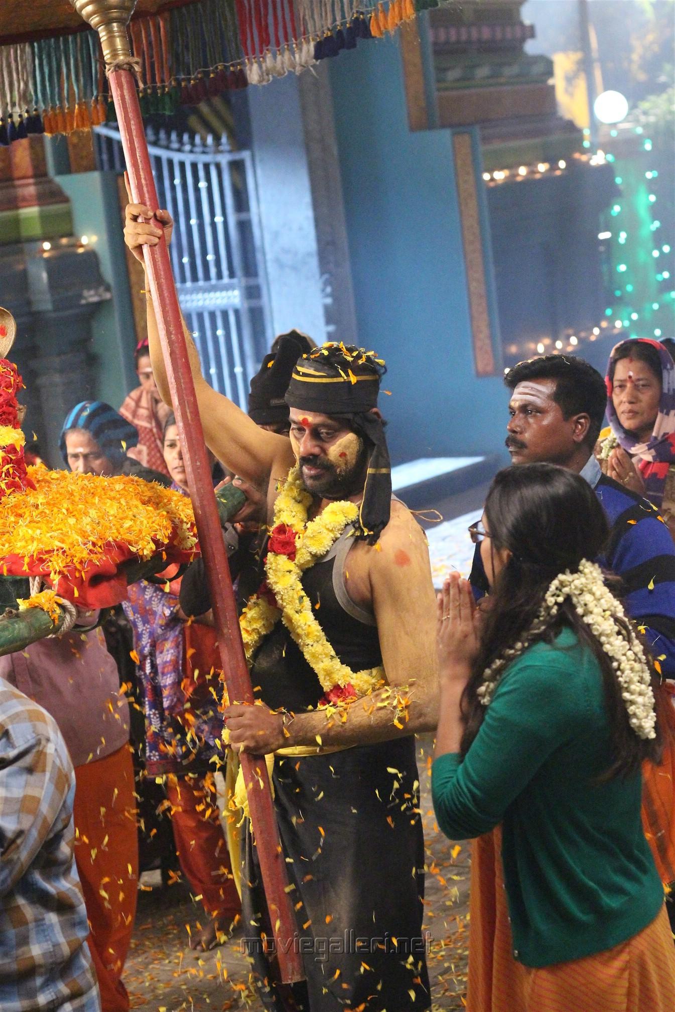Hero Natty Natraj Sandi Muni Movie HD Pics