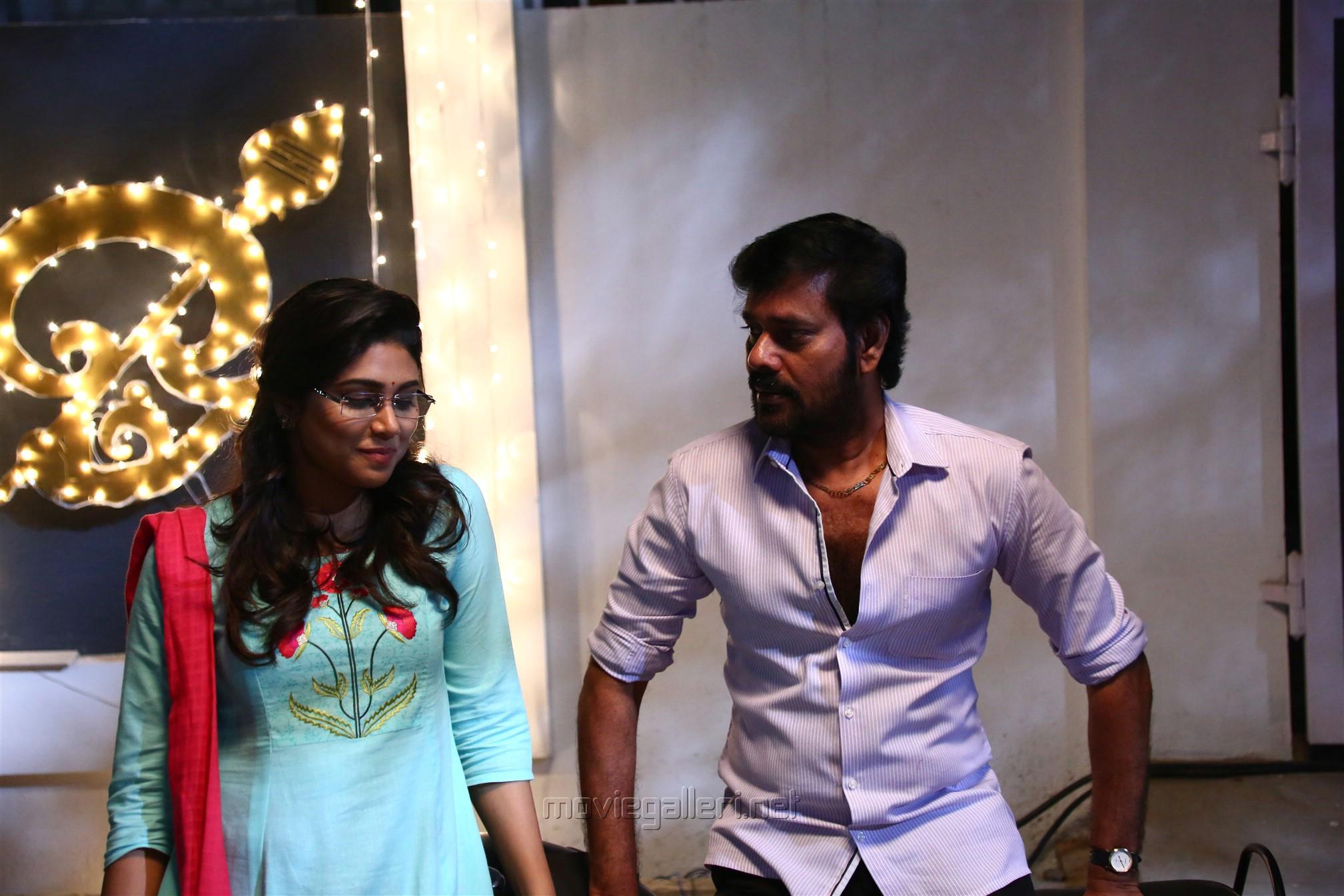 Manisha Yadav, Natty Natraj in Sandi Muni Movie HD Pics