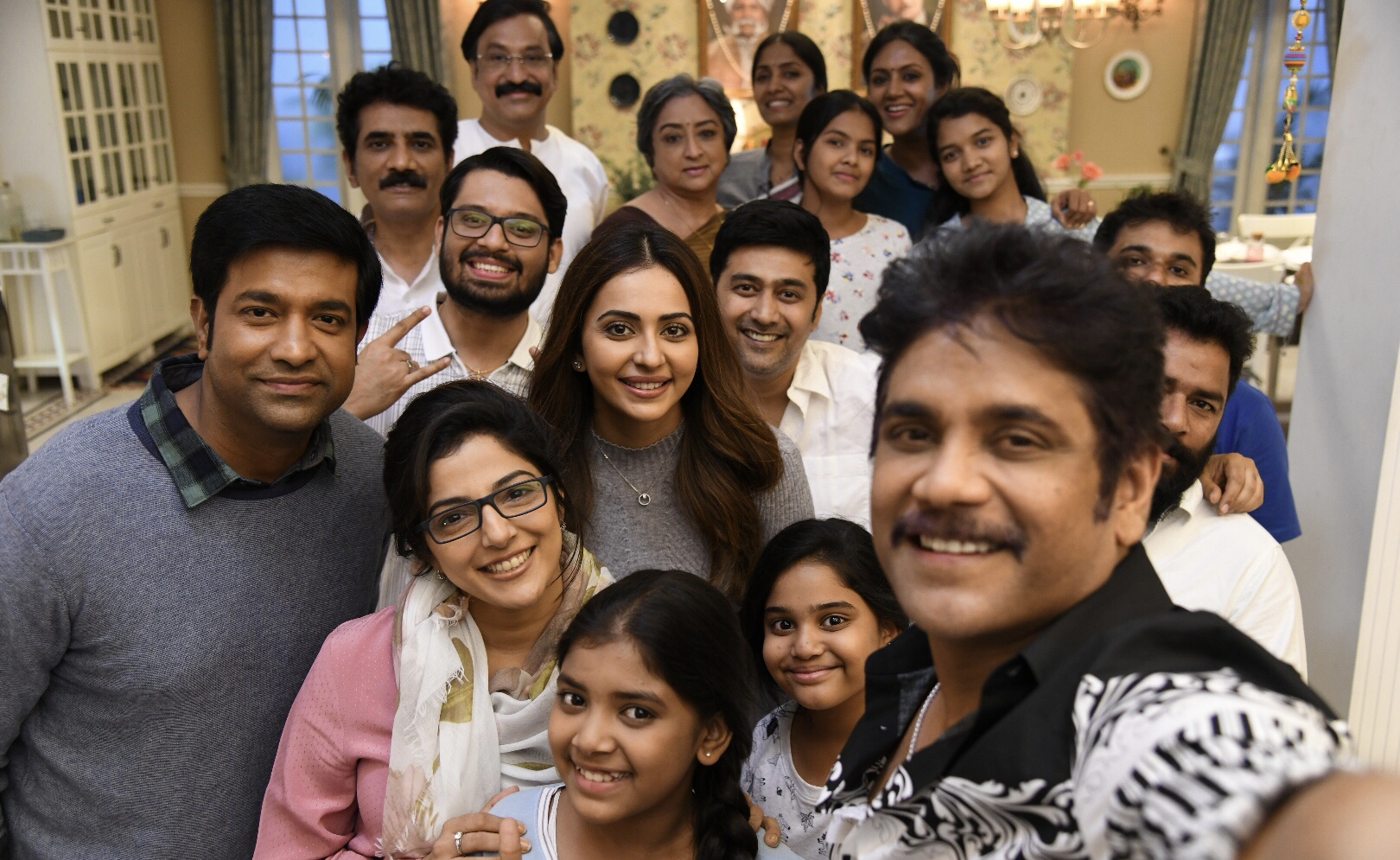 Nagarjuna Manmadhudu 2 Shooting Started Photos