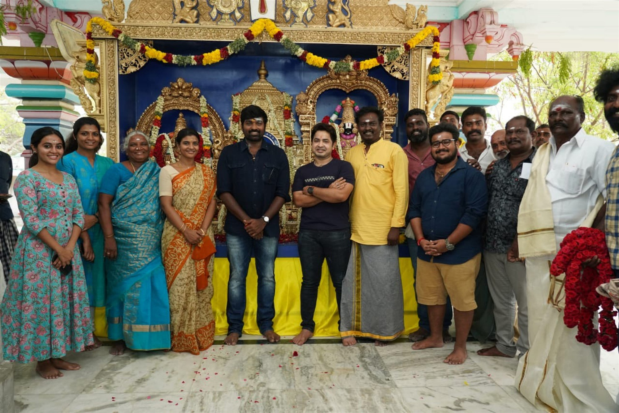 Vijay Sethupathi Ka Pae Ranasingam Movie Pooja Photos