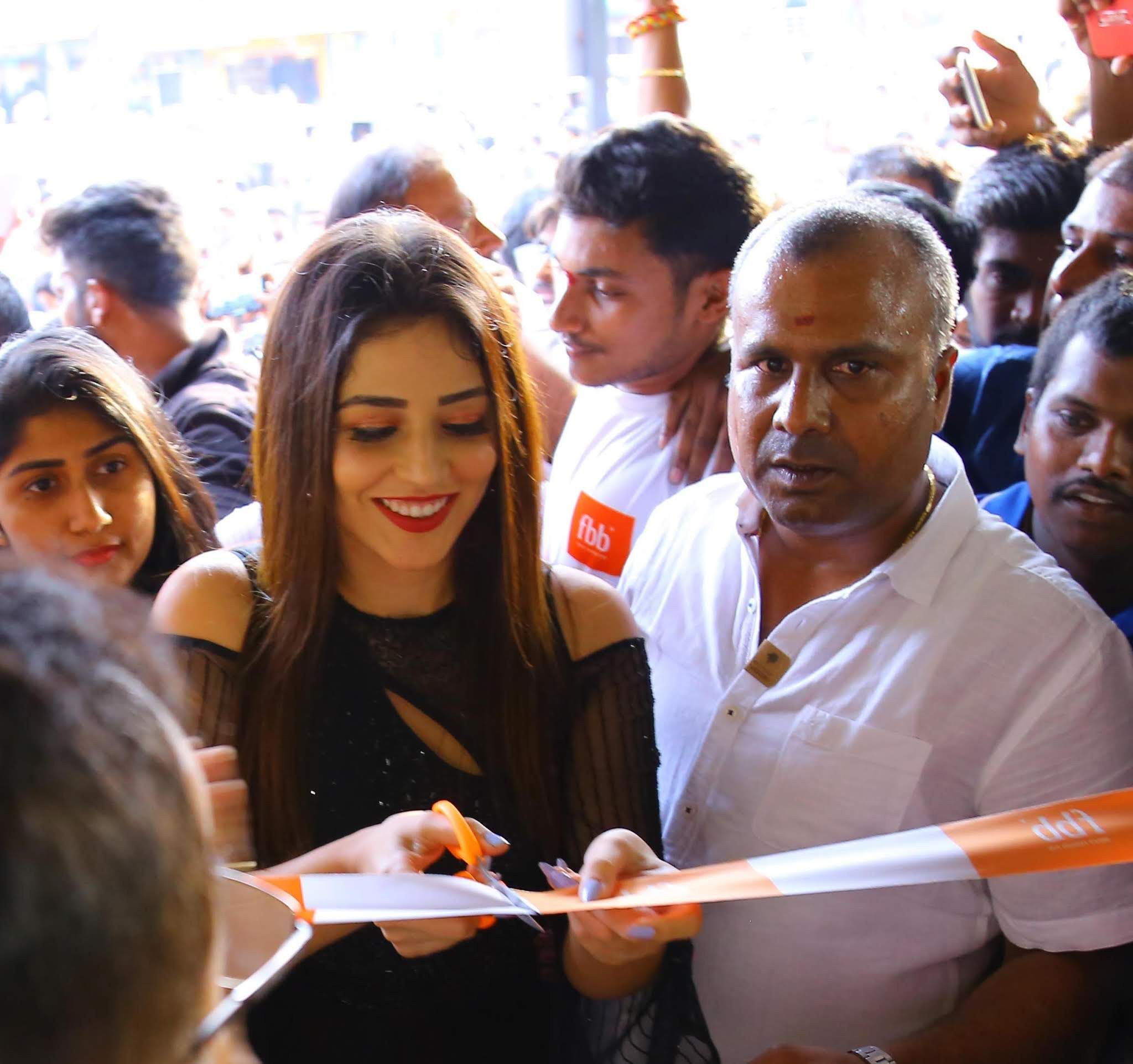 fbb's first store in Warangal launched by popular actress Priyanka Jawalkar