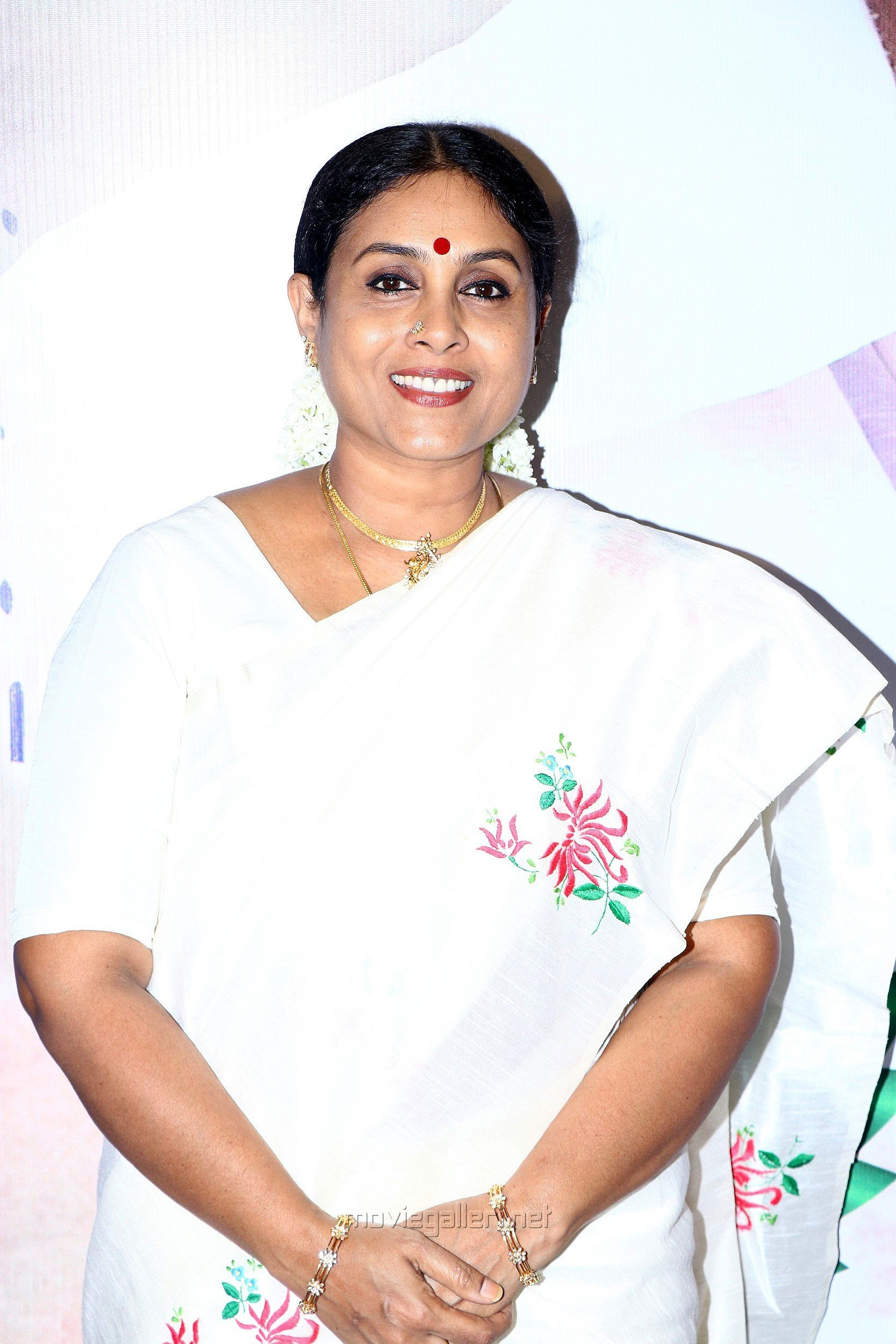 Actress Saranya Ponvannan Latest Images HD @ Kalavani 2 Movie Press Meet