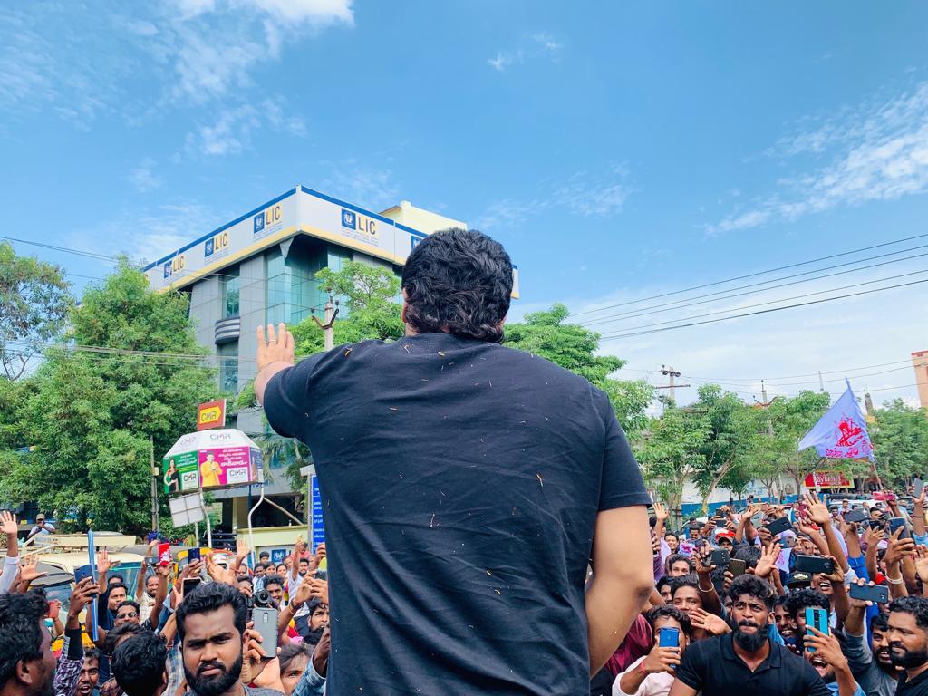 Allu Arjun visited Kakinada for AA19 movie shoot