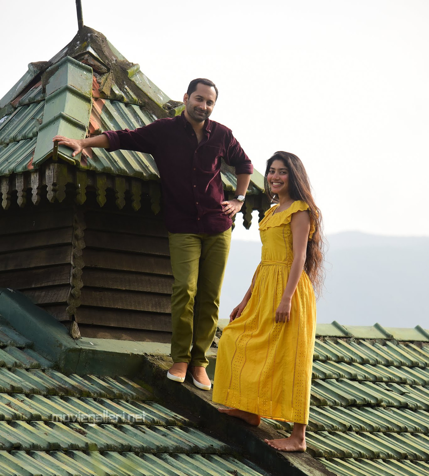 Fahad Fazil Sai Pallavi Athiran Telugu Movie Stills HD