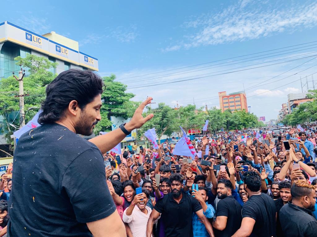 Hero Allu Arjun visited Kakinada for AA19 film shoot