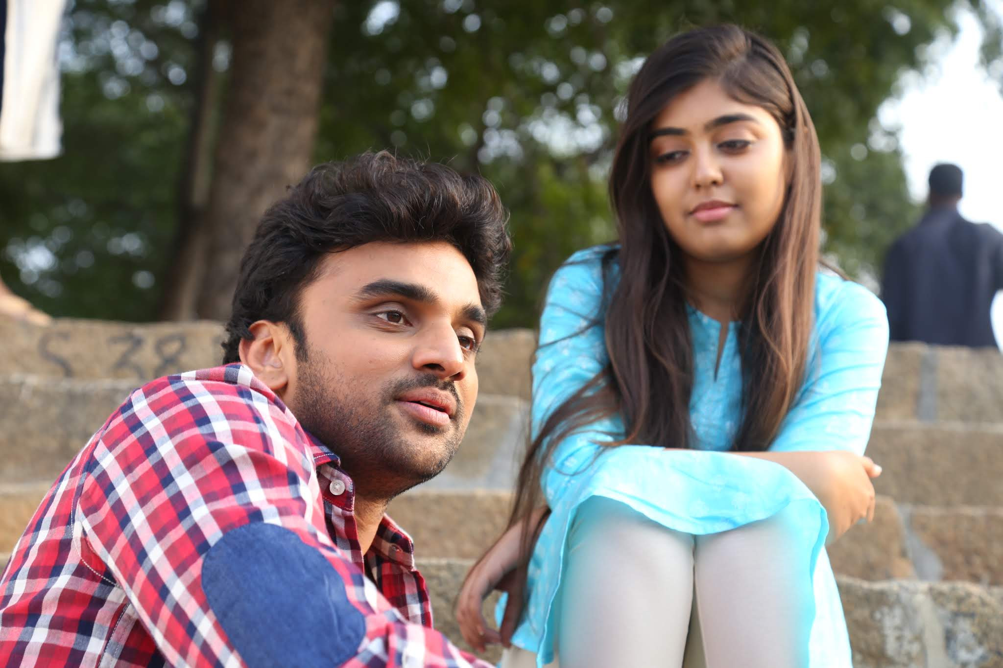 Rakesh Varre, Gargeyi Yellapragada in Evarikee Cheppoddu Movie HD Stills