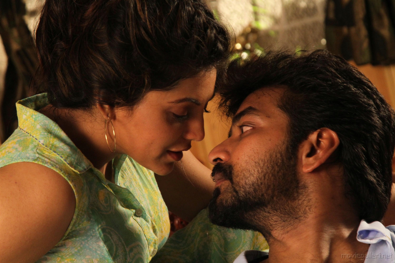 Athulya Ravi, Jai in Kepmari Movie Stills HD