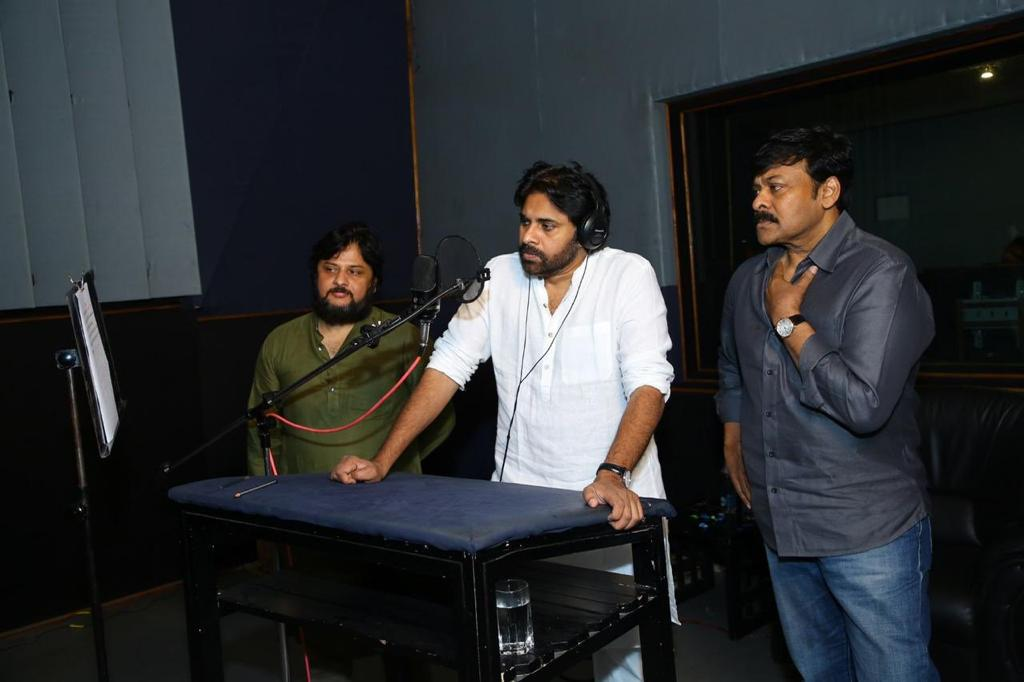 Pawan Kalyan gives voiceover to SyeRaa Narasimha Reddy Teaser