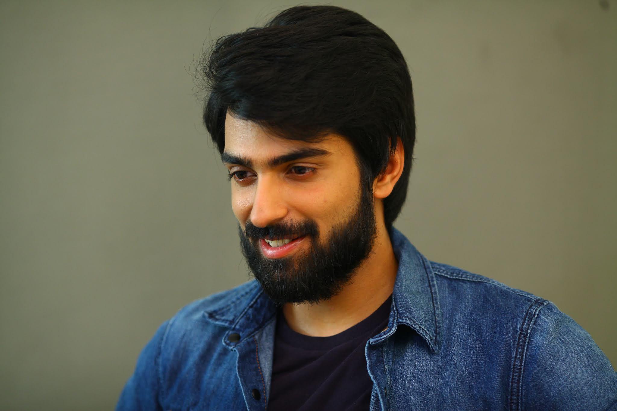 Producer Raj Kandukuri son Shiva Kandukuri Choosi Choodangaane Movie Details