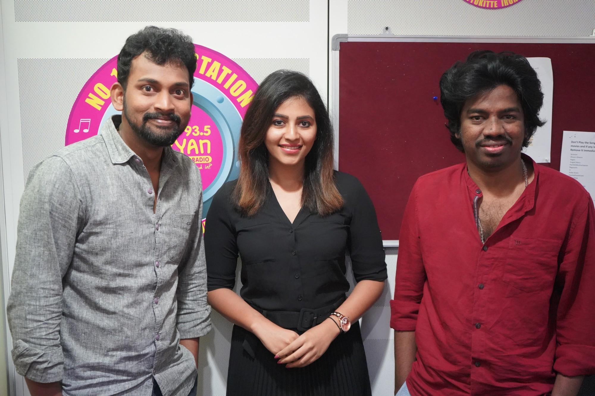 Bharani, Anjali, Justin Prabhakaran @ Naadodigal 2 Audio Release Suryan FM Stills