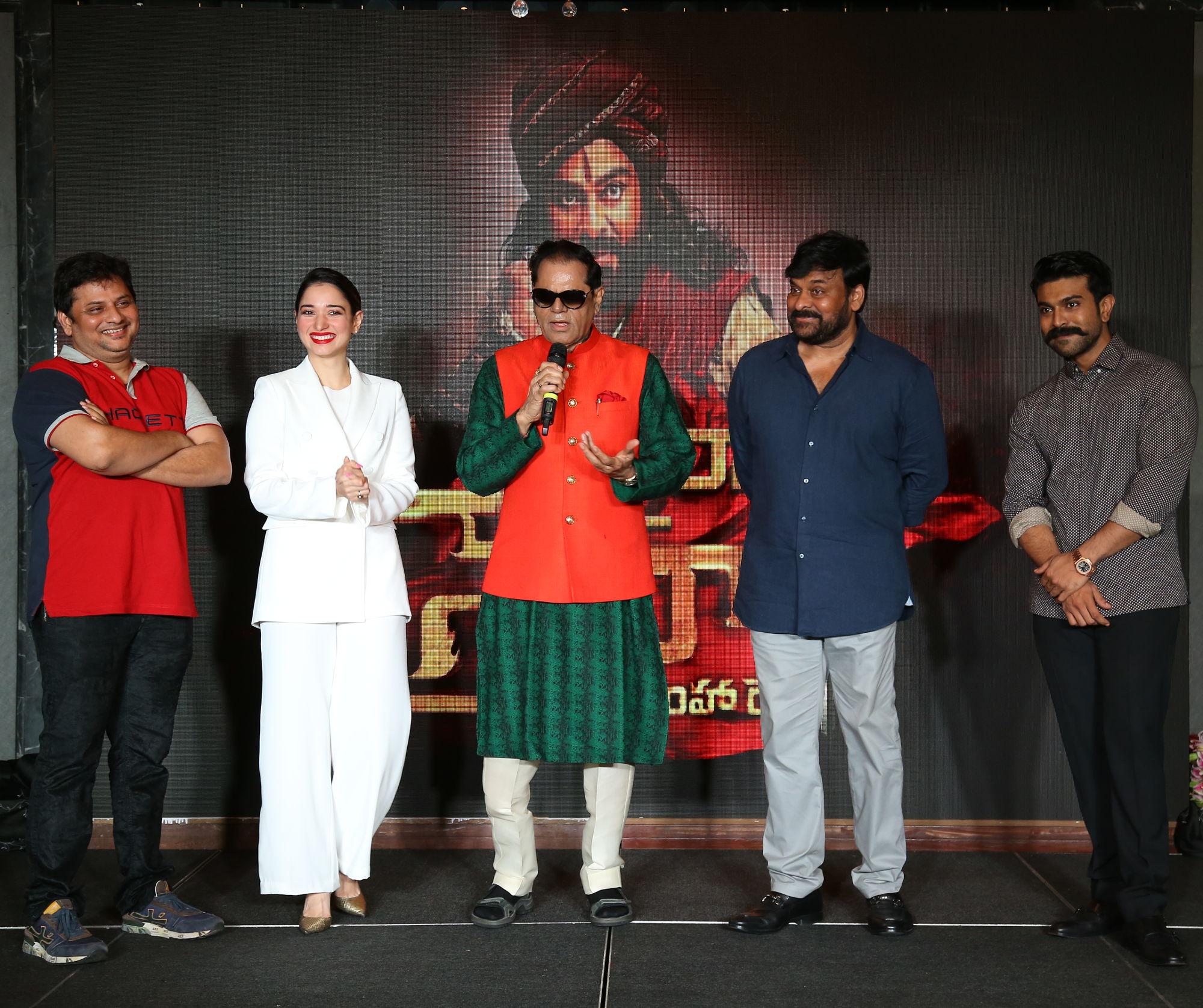 T Subbirami Reddy felicitates Chiranjeevi 'Sye Raa' Team