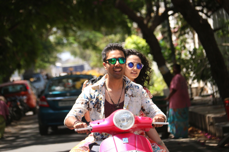 Arasiyalla Ithellam Satharanamappa movie releasing on Christmas