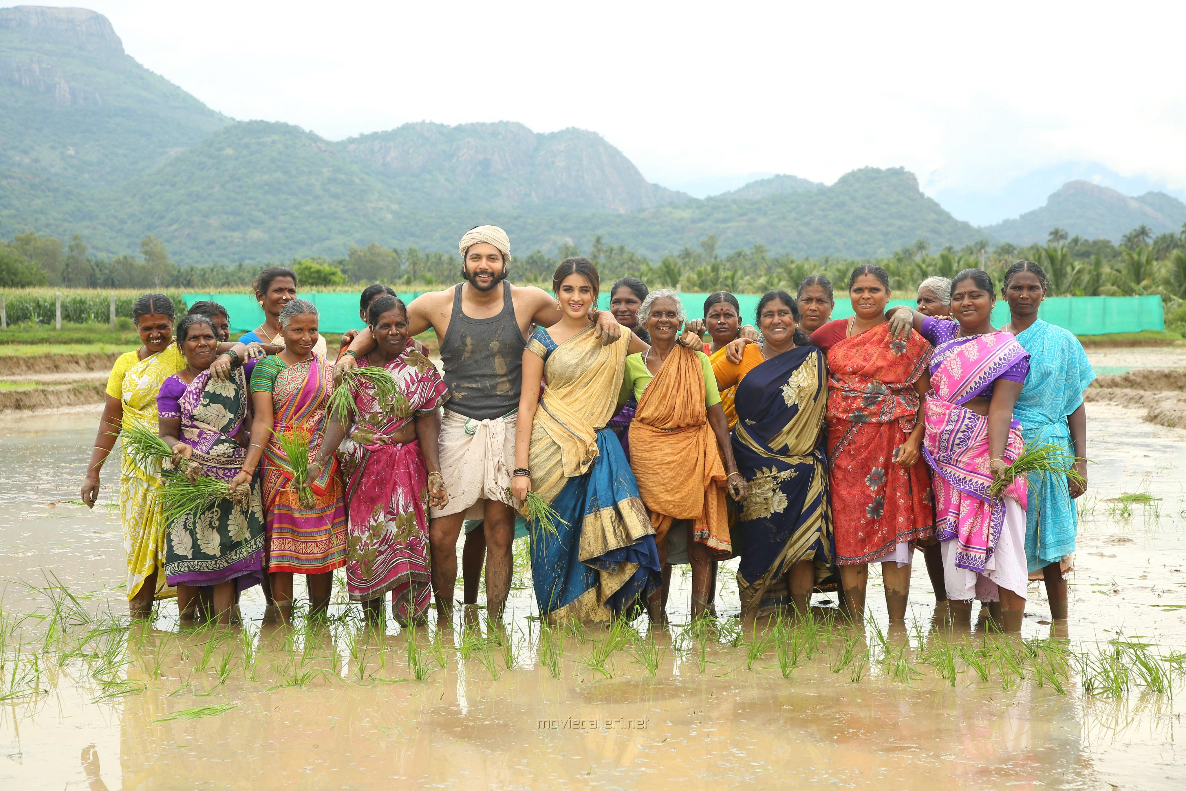 Jayam Ravi Nidhhi Agerwal Bhoomi Movie HD Pics