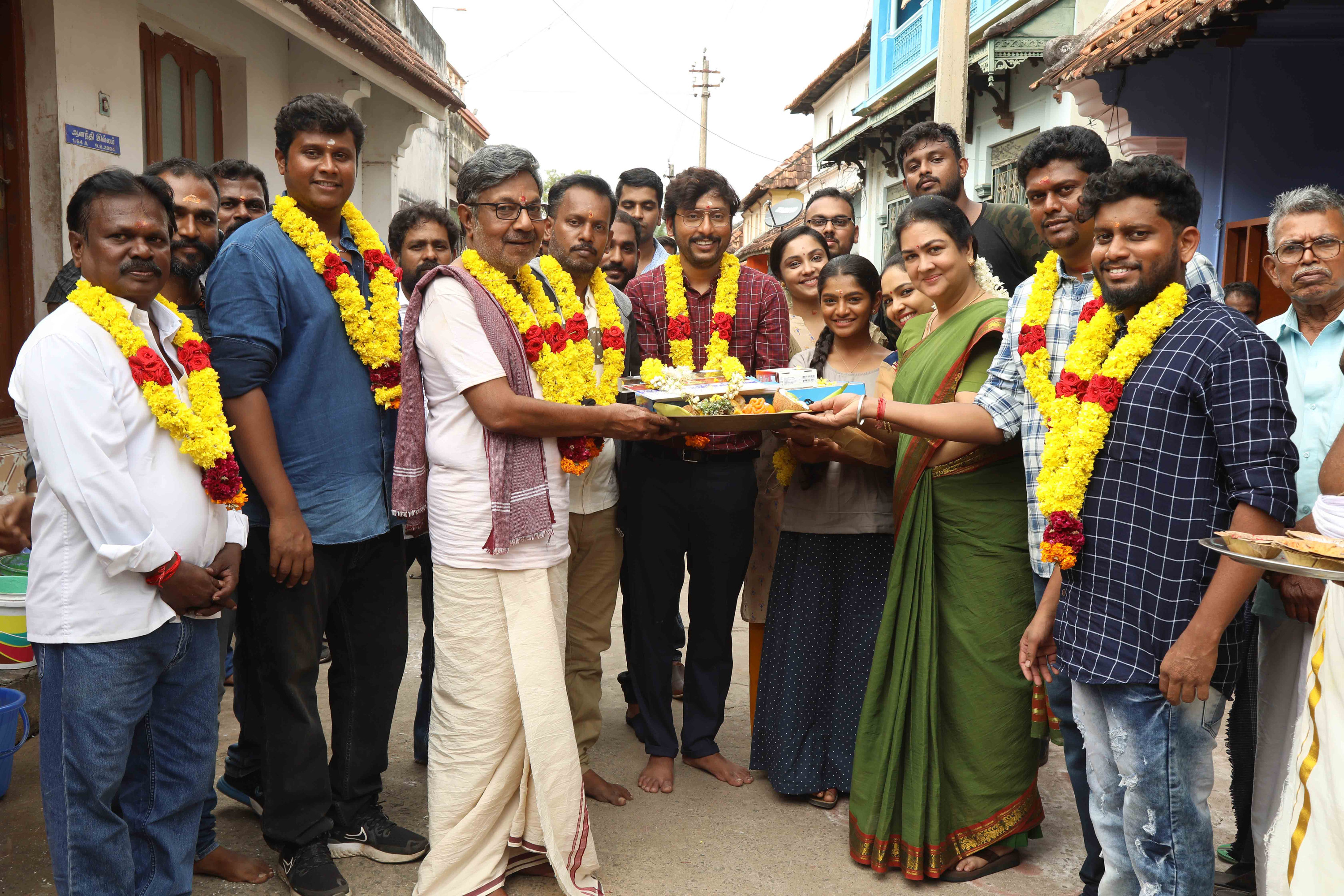 Nayanthara RJ Balaji starrer 'Mookuthi Amman' movie shooting started