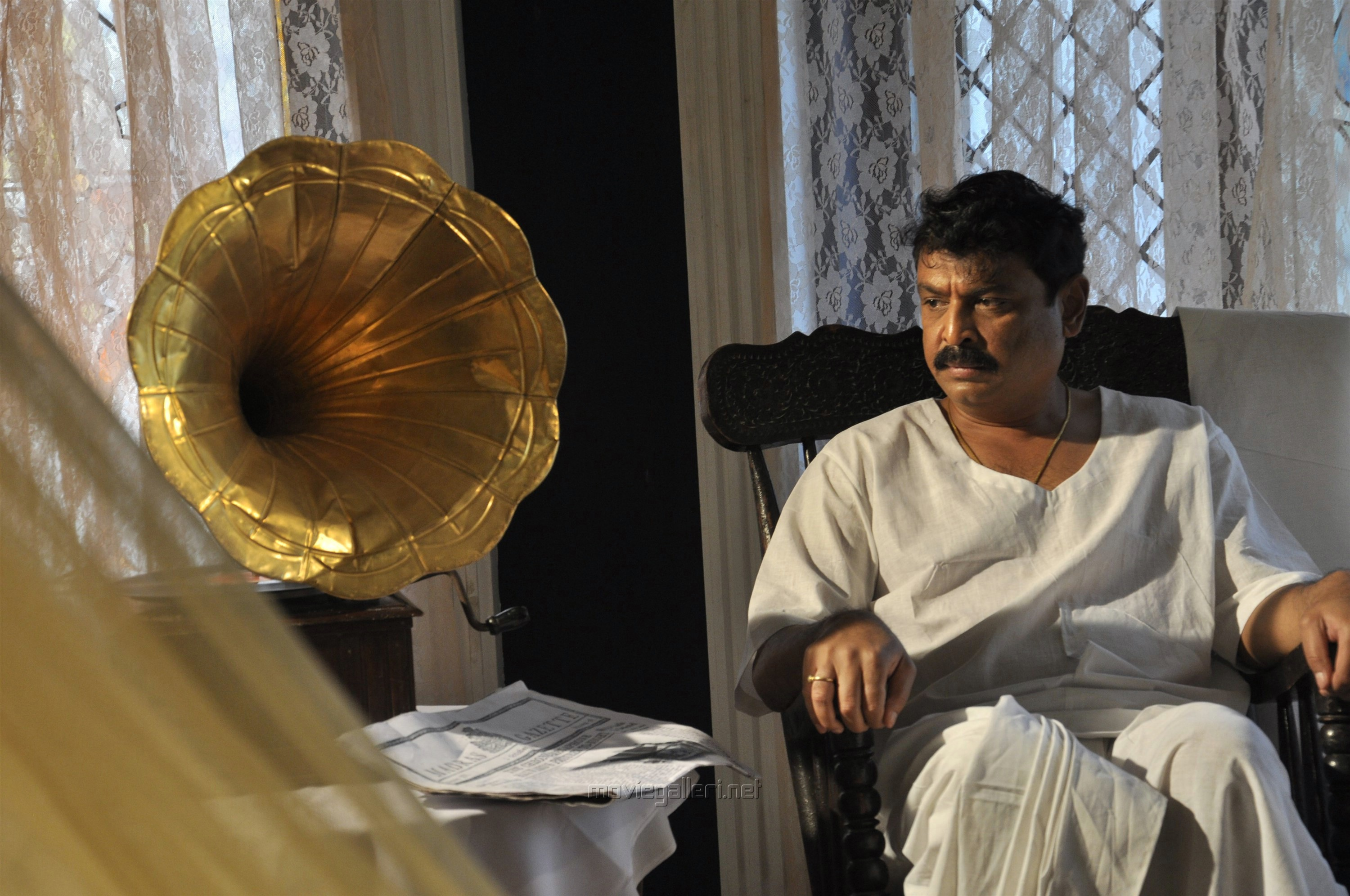 Vijaya Naresh in Raghupathi Venkaiah Naidu Movie Stills HD