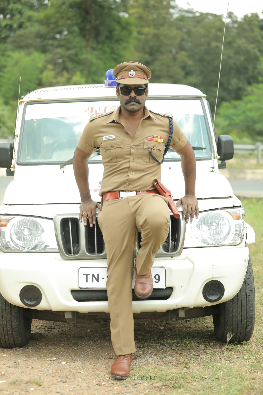 Actor RK Suresh as Police Officer in Vanmurai Movie HD Stills