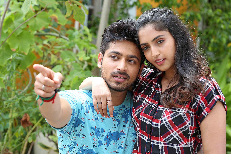 Actress Reba Monica John on Dhanusu Raasi Neyargale
