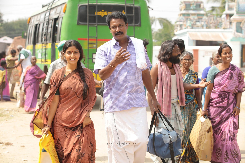 Athmiya, Samuthirakani in Vellai Yaanai Movie Stills HD