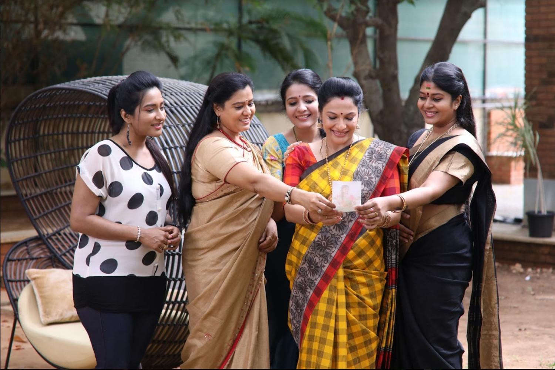 Thanthu Vitten Ennai Serial Dharsha Gupta, Rethika Srinivas Raghavi, Durga, Neepa