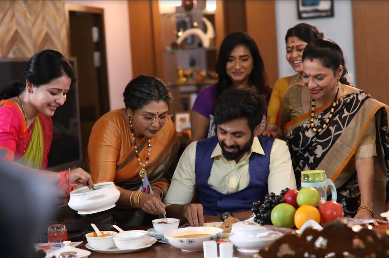 Thanthu Vitten Ennai Serial Seetha, Rethika Srinivas Raghavi, Durga, Neepa, Dharsha Gupta