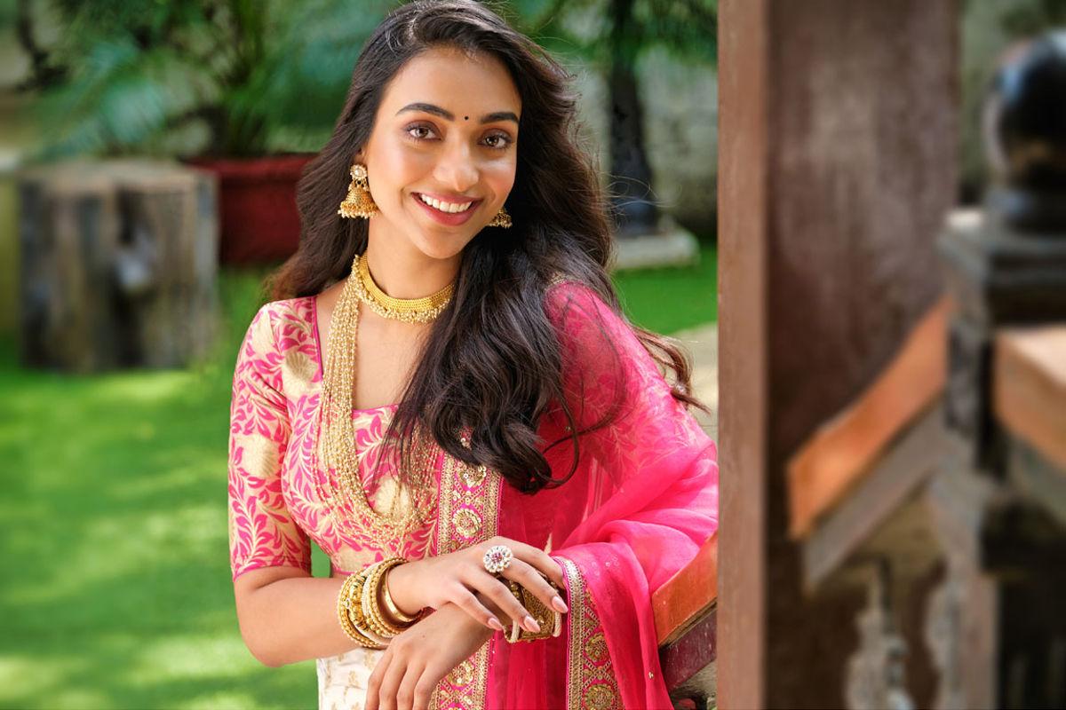 Hyderabad Girl Amrin Qureshi in Hindi Remakes of Cinema Chupista Mava & Julayi
