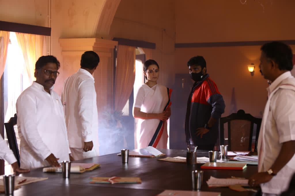 Heroine Kangana Ranaut & Director Vijay @ Thalaivi Movie Working Stills