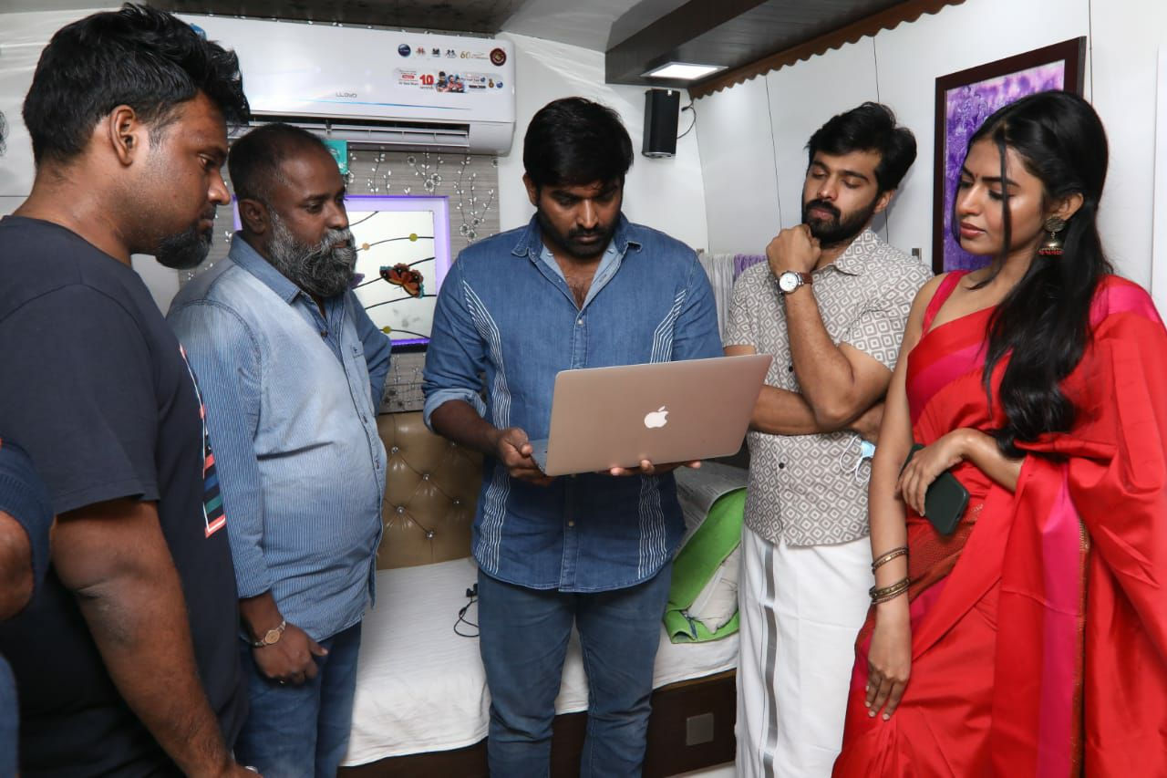 Vijay Sethupathi unveiled KV Guhan WWW Teaser