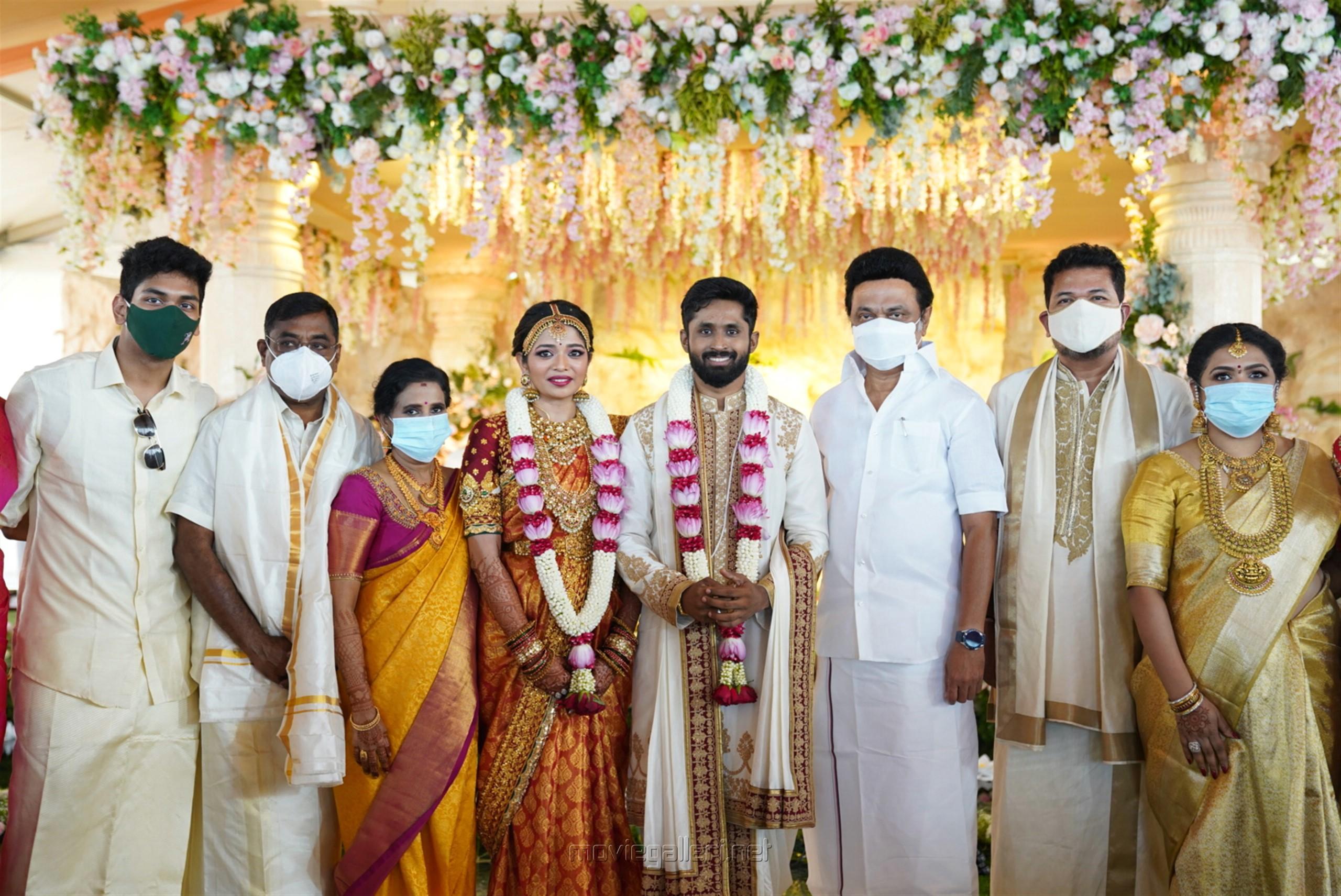 TN CM MK Stalin @ Director Shankar daughter Aishwarya Marriage HD Images