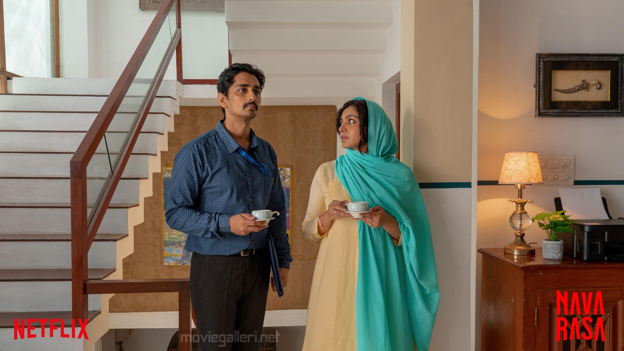 Actor Siddharth Actress Parvathy in Inmai Navarasa Web Series HD Pics