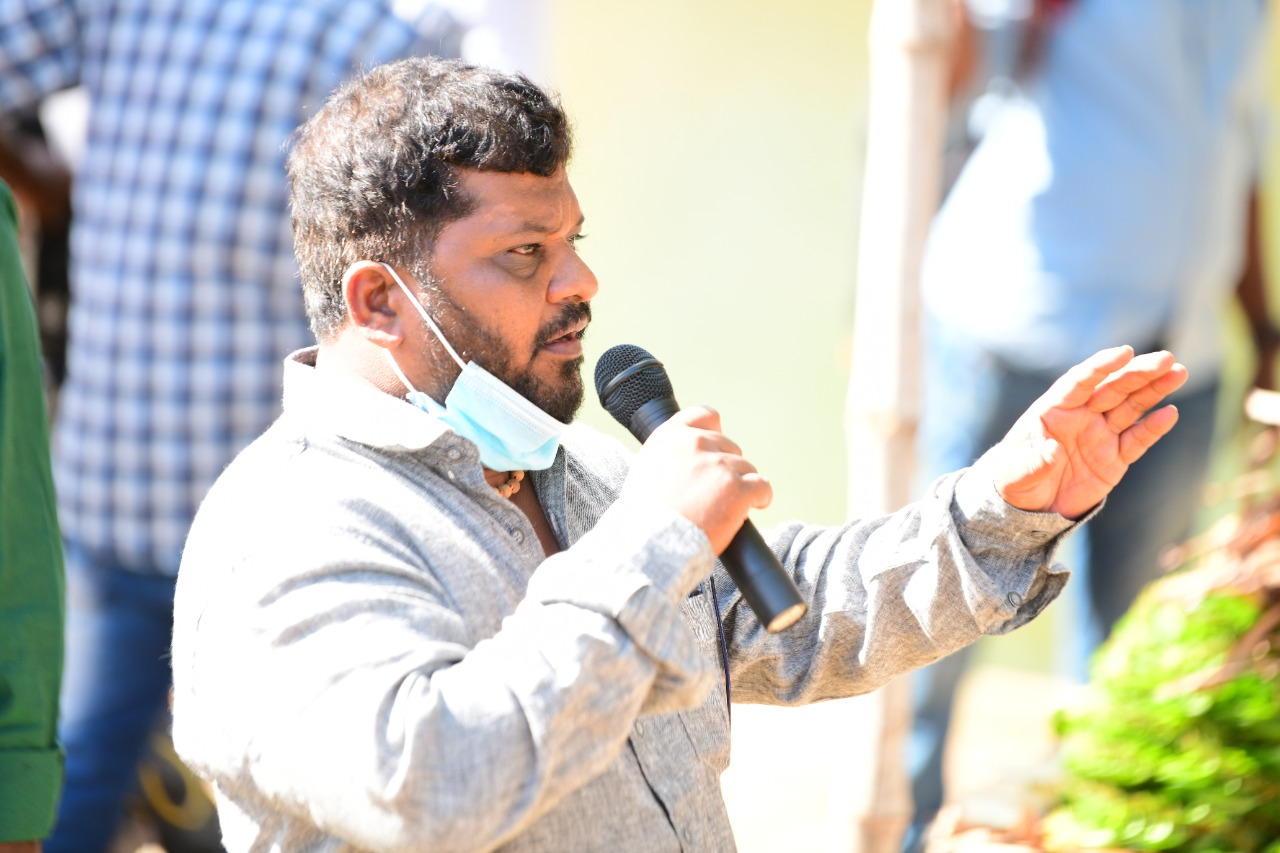 Actor Atharvaa - Sarkurnam directorial family entertainer shooting starts in Thanjavur