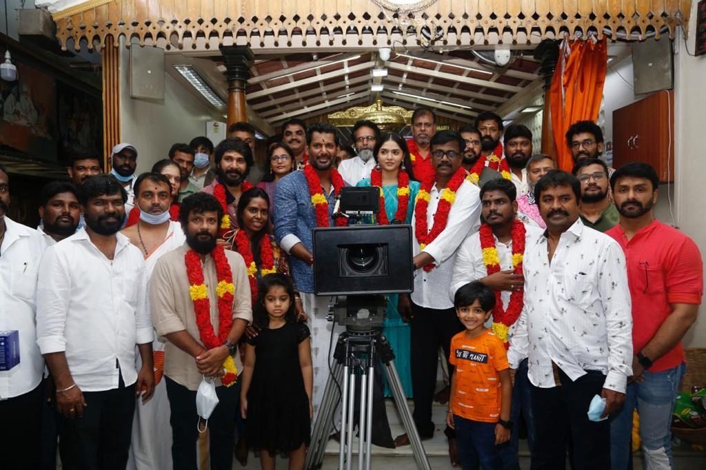 A Vinoth Kumar Vishal, Sunaina Movie Launched