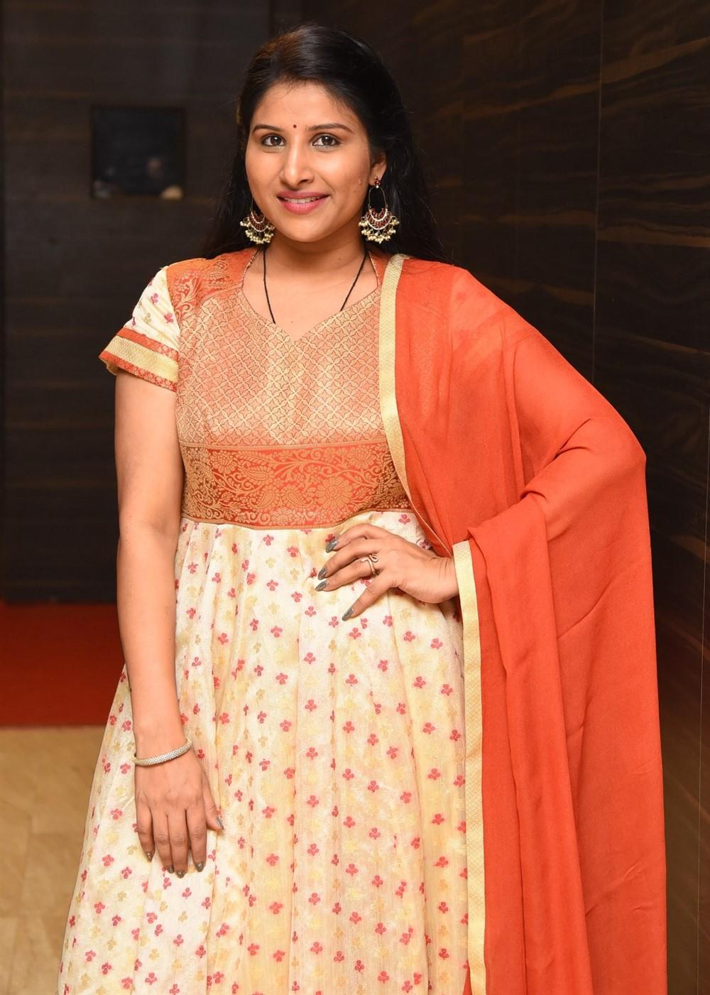 Actress Mangli Stills @ Gully Rowdy Pre Release