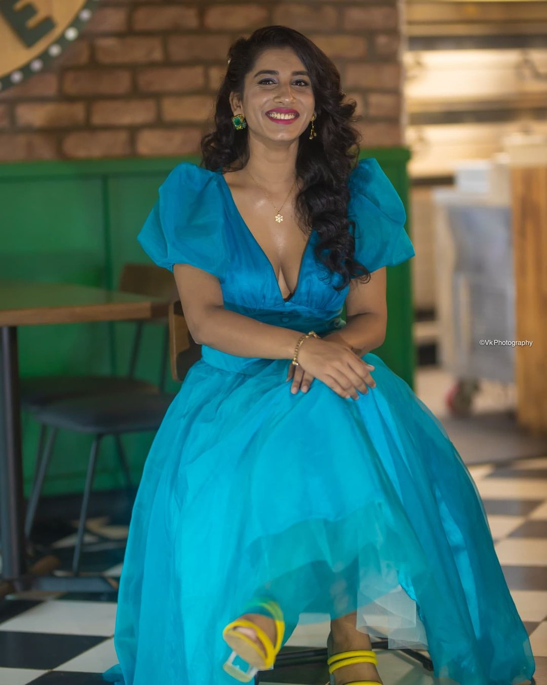 Actress Vishnupriya Bhimeneni Pics @ The Baker and the Beauty Trailer Launch