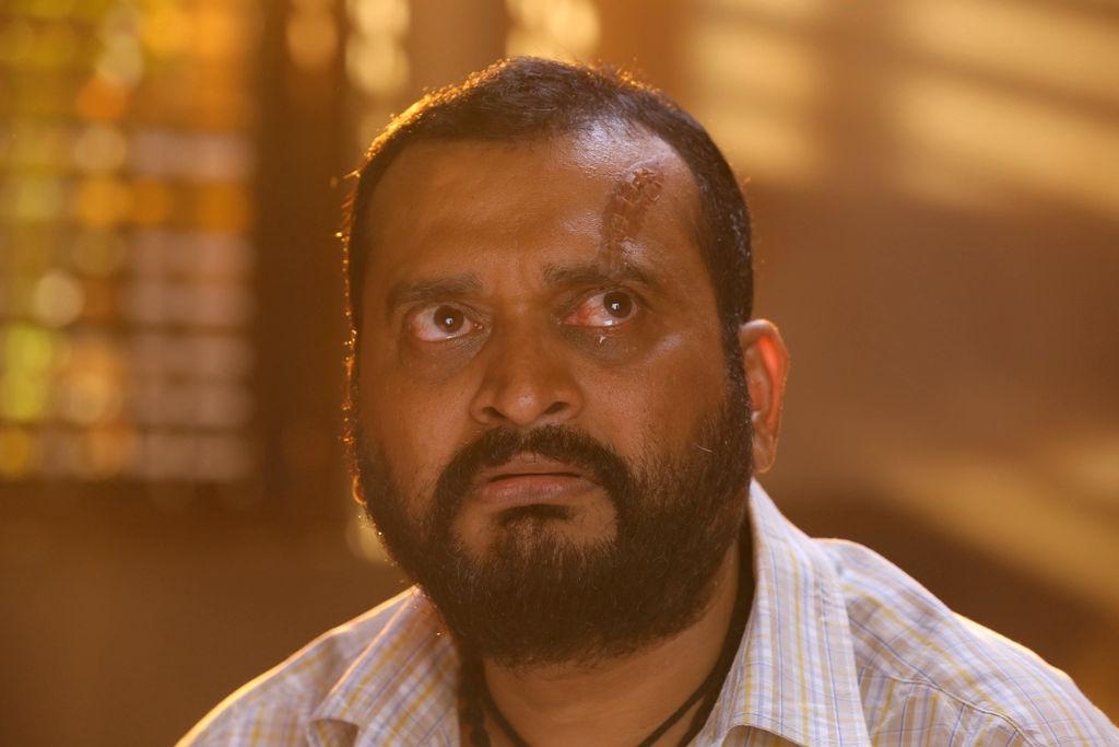 Producer Bandla Ganesh as Hero in Oththa Seruppu Size 7 Telugu Remake
